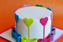 Cake/Cookie Designs / by Sharon Carruthers-Pierson