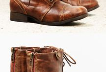 shoes / by Audrey Jordan