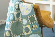Quilts: Circle Quilts / by Colleen Esch