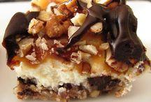 Mmm...cheesecake! / by Angie Leedy