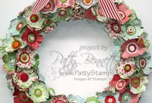 Christmas - Wreaths / by Barbara Farnsworth