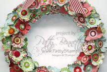 Christmas - Wreaths / by Barbara Farnsworth