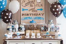 Cookies & Milk Birthday Party / by Paula Toruño