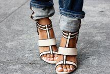 Shoes / by Merve Akkus