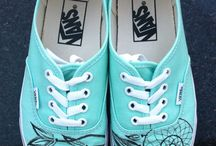 Awesome vans / by Isabella Brennan