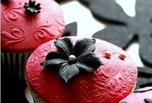 Cupcakes/Cookies.. / by Karen Roach-McBride