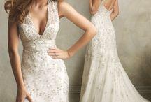 Wedding Dresses / by Romina