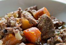Soups & Stews/ Crock Pot meals / by Leslie