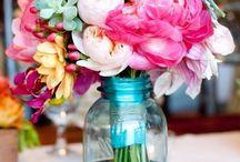 flowers arrengement / by Georgete Keszler Chait