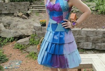 zombie dresses and ghost / by Gracie Noll