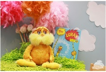 {Lorax} Party / Lorax Dr. Seuss party ideas and inspiration on www.partyfrosting.com / by Party Frosting