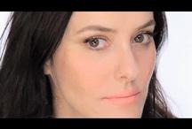 Beauty & Makeup / by Rosa Rivero