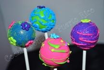 cake pops / by Kimiko Carcia