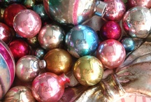 Vintage Christmas Ornaments / by Cris .