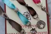 Crafty Bookmarks and Beading / by Rochelle G