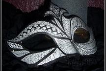Masken / by Bastelfrau