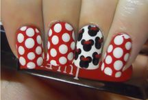 NAILS! / by Brianne Cronk