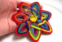 crocheted flowers and hearts / by Chryl Kaisler