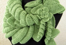 Crochet & Knit Cowls, Scarves, & Neck Warmers / by Nancy Rodriguez