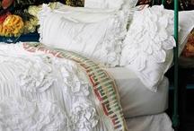 Dormir e sonhar... / by Yael Andriguetto