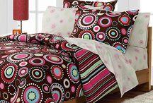 Girl's bedroom ideas / by Christi Barnes Sklenicka-Coipel