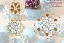 Beaded Beads free patterns / by Natalia Savastano