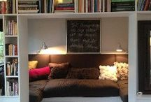 Books & Nooks / by Laura Noelle