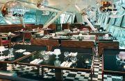 Restaurants / by Christine Mareda