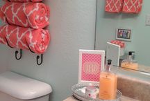 Interiors:  Bedrooms, Dressing Rooms, & Bathrooms / by Taylor Murphy