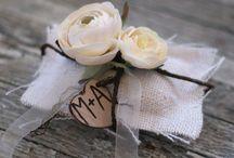 Gift Wrap pretty / by Karen Michaels