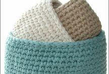 crochet / by Bonny Coxwell