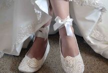 wedding shoes / by Ann Broussard