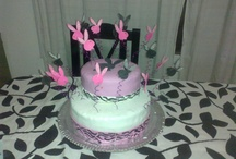 mis tortas / by Karin Orellana