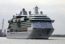Moden Shipboard Lifesaving appliances / by International Maritime Organization