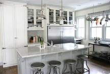 Home decor and design / by Martine Daigle