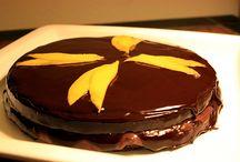 Sweet Recipes / by Alyanna Johnson