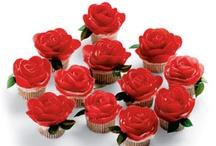 Recipes: Holiday Ideas - Valentine's Day / by Stephanie Nipper