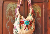 Mexican bags and jewelry / by Claudia Hernandez