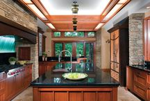 Ah-may-zing. Dream Home / by Jenni Meyer