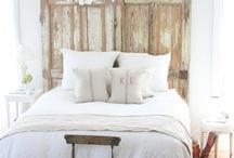 ...Bedrooms: Romantic / by Sandra Smith