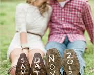 engagment picture ideas / by Raquel Gillis
