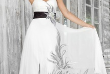 DRESSES of ELEGANCE & BEAUTY! / Pageant dresses, wedding dresses, romantic date dresses and more.... / by Wendy Anding