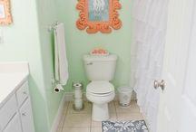 Bathroom / by Miranda Daignault