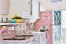 Cozy Kitchen / Pretty vintage kitchens / by Gina Aytman