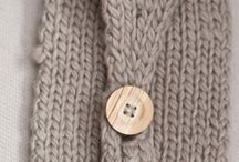 Knitting / by Cristy Vega