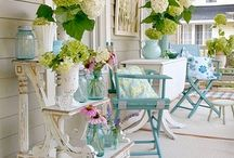 I love a pretty porch / by Renee Newburn