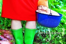Newborn/Maternity Photos / by Natasha Schulze