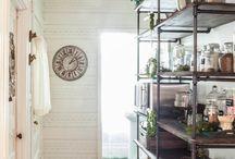 Shelves / by Rasa Vaiva