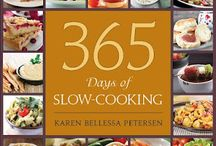 Slow Cooker Recipes / by Alicia Schwartz