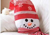 Holiday Crafts and etc.... / by Donna Huntley
